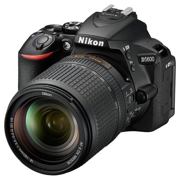 Фотоаппарат зеркальный Nikon D5600 + AF-S 18-140 VR