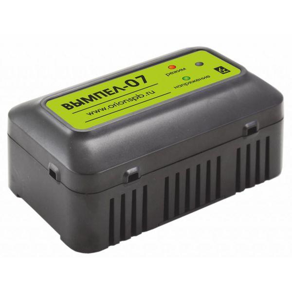 Автомобильное зарядное устройство Вымпел 07 (2006)